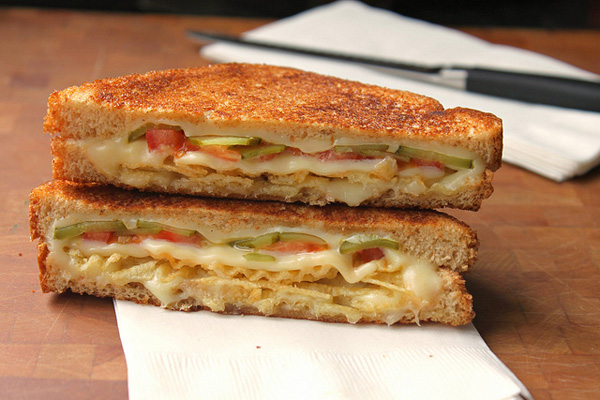 Grilled Cheese With Tomato, Pickles And Potato Chips